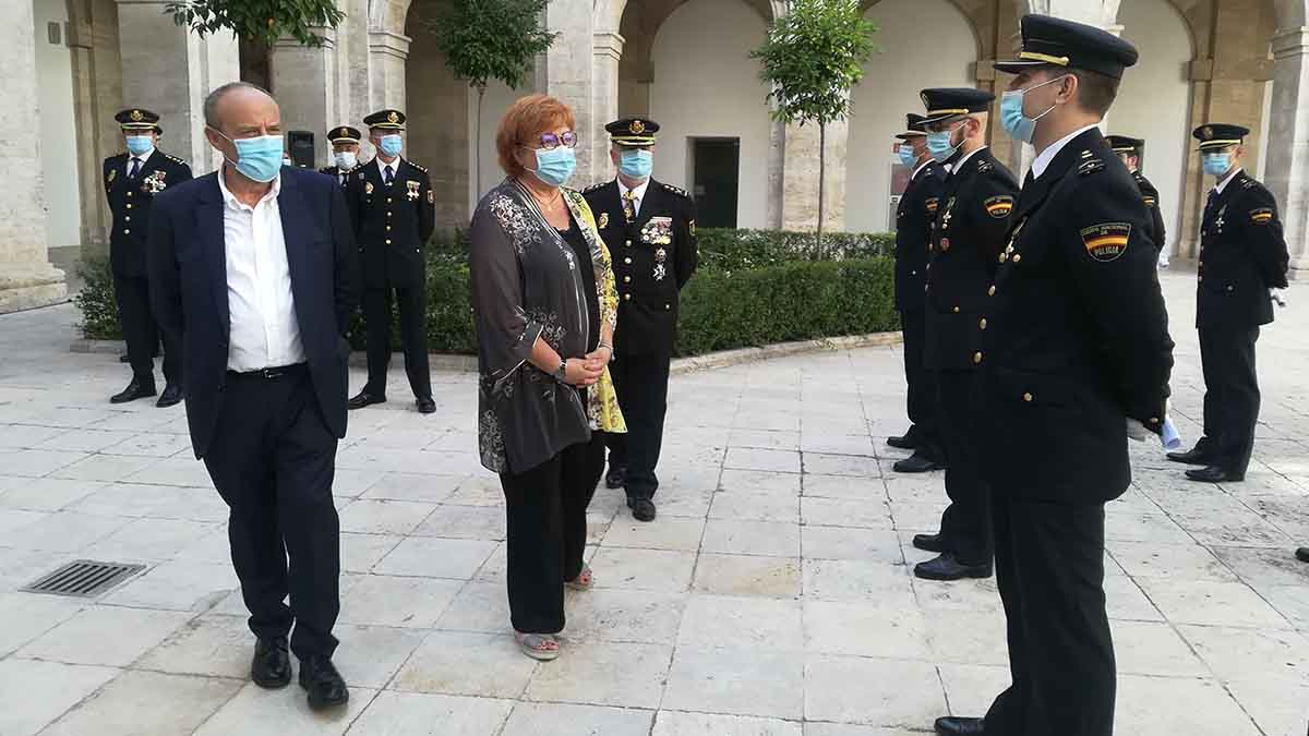 La delegada del Gobierno en la Comunidad Valenciana, Gloria Calero, y el subdelegado del Gobierno en Valencia, Rafa Rubio