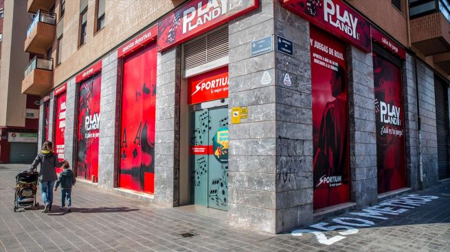 Las casas de apuestas de Andalucía no podrán publicitarse en sus fachadas desde el 1 de septiembre