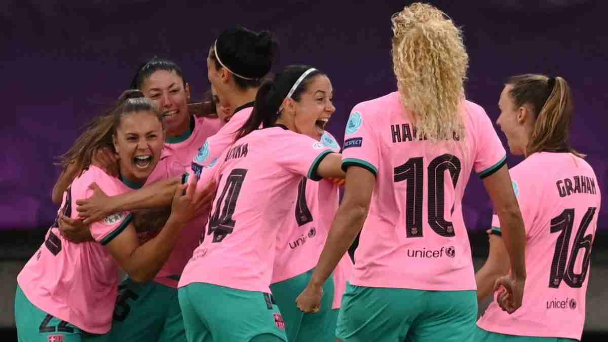 Las jugadoras del Barcelona Femenino celebran un gol en la final de la Champions frente al Chelsea. (AFP)