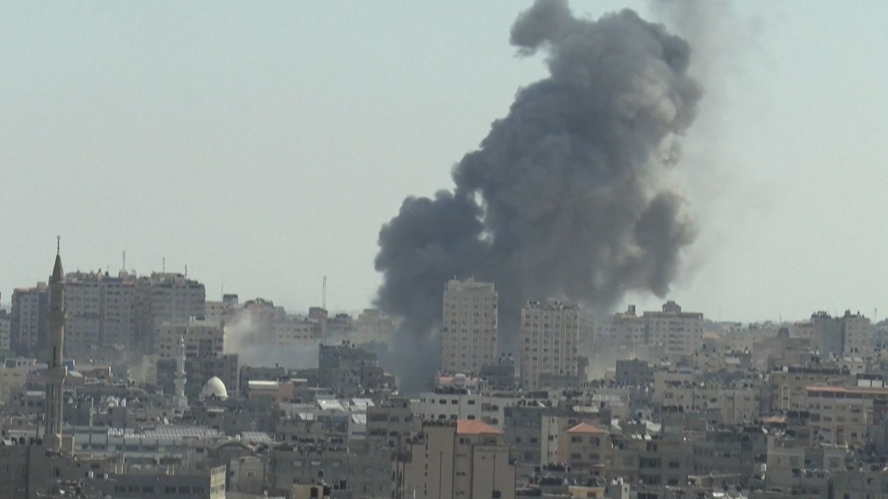 Bombardeo sobre Gaza contra objetivos de Hamas.