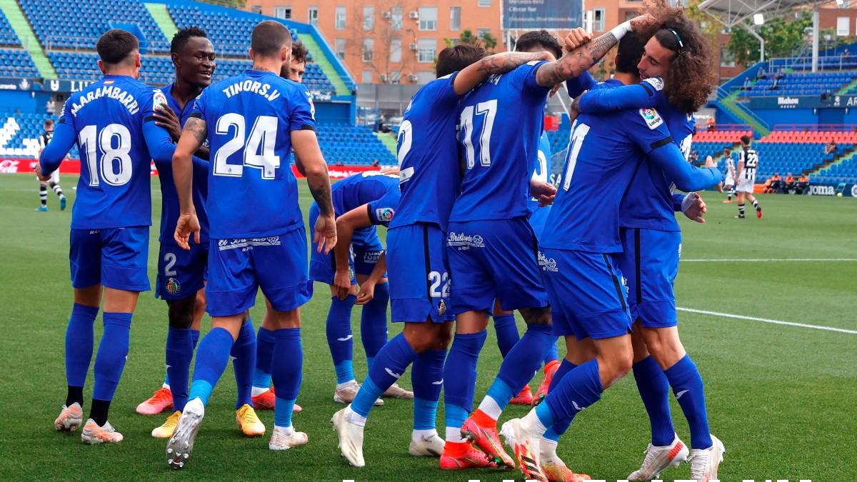 Los jugadores del Getafe celebran un gol. (EFE)