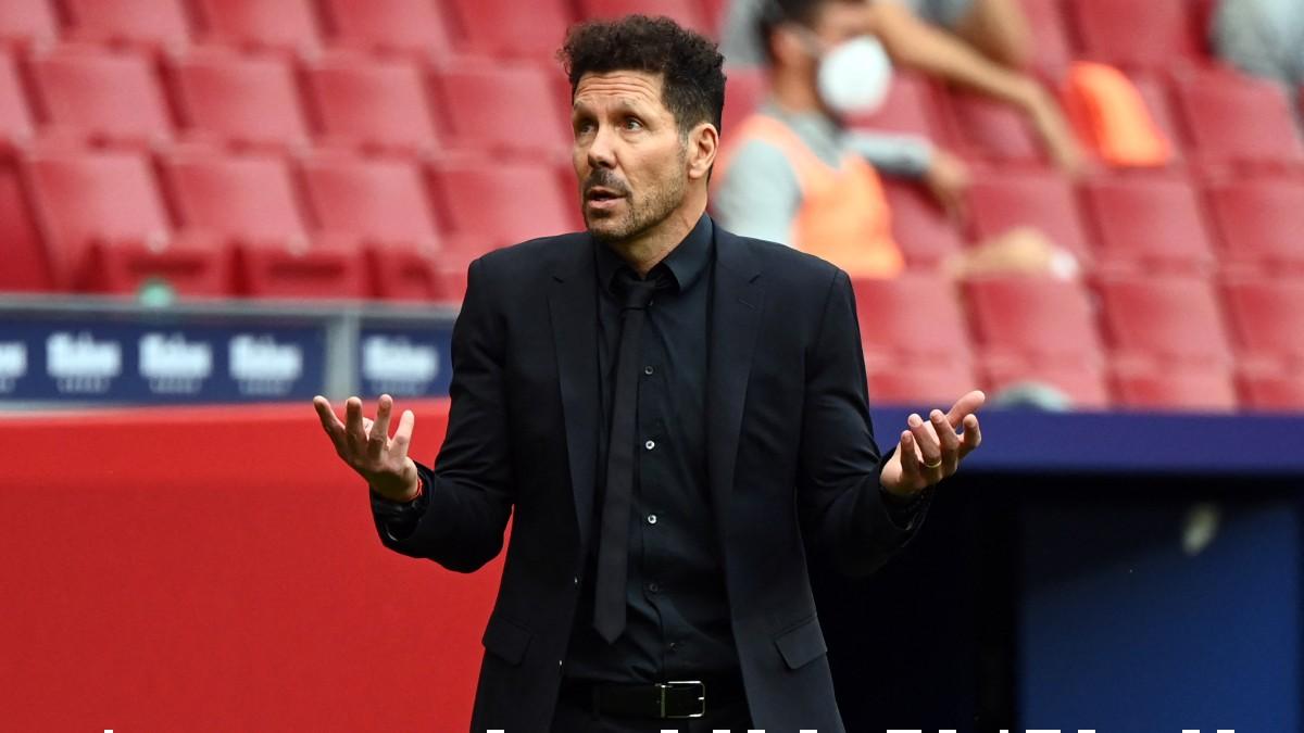 Simeone, en el partido. (AFP)