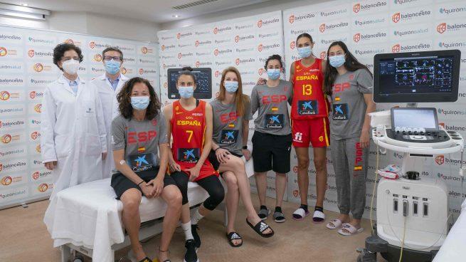 La Jiménez Díaz hace el reconocimiento médico a la Selección Española de Baloncesto femenina de cara al Eurobasket y los JJOO de Tokio