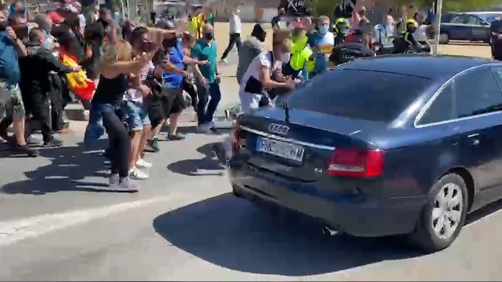 Llegada de la comitiva de Pedro Sánchez a Ceuta.