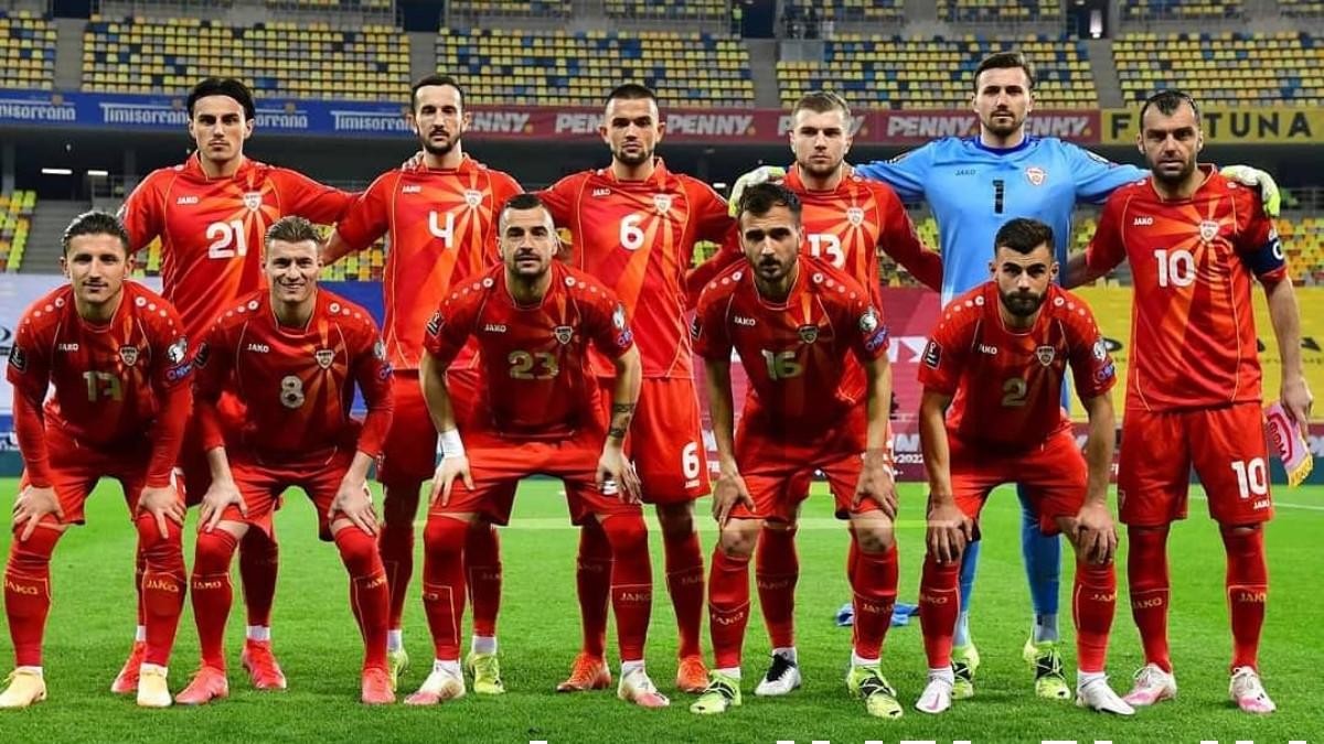 La selección de Macedonia antes de jugar un partido. (@ffmmkd)