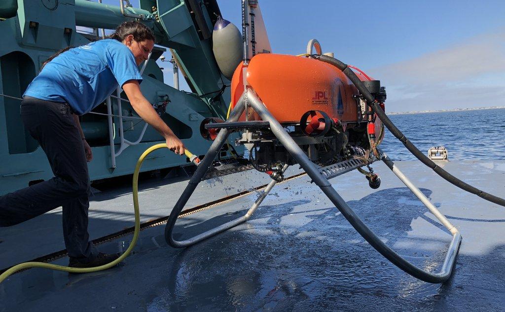 Investigación fondo océano