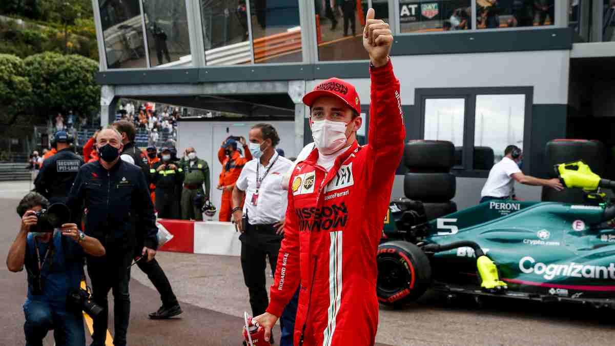 Charles Leclerc logra la pole en la sesión de clasificación del Gran Premio de Mónaco. (AFP)