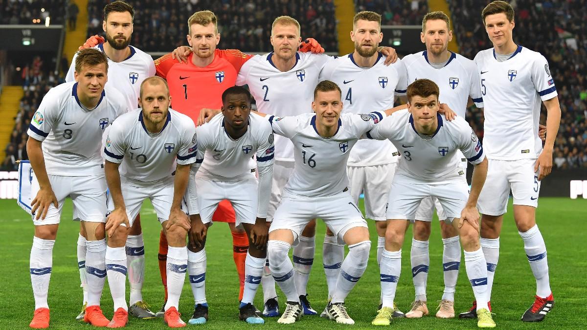 Los jugadores de Finlandia antes de un partido. (Getty)