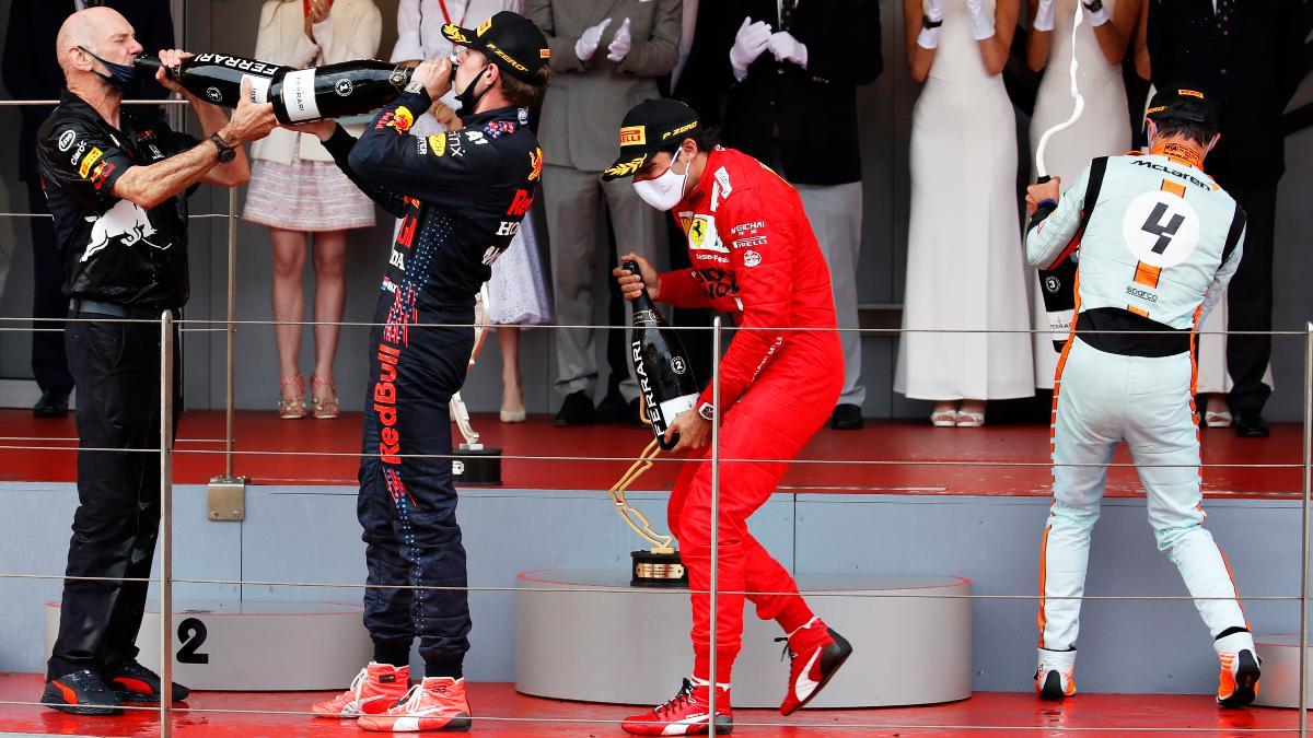 Carlos Sainz, Verstappen y Norris, en el podio de Montecarlo. (Getty)