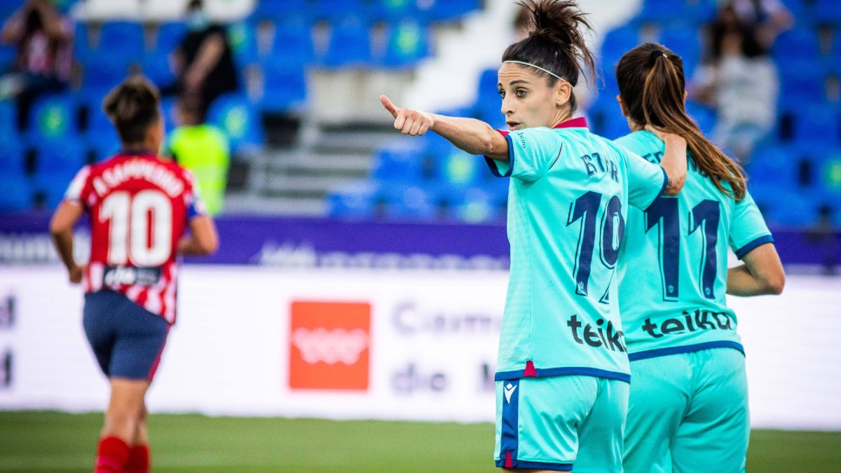 Esther González, durante la semifinal de la Copa de la Reina Iberdrola entre el Atlético de Madrid y el Levante. (@LUDFemenino)