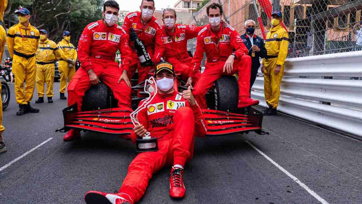 Carlos Sainz tras quedar segundo en el Gran Premio de Mónaco (@Carlossainz55)