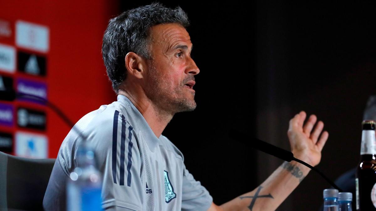 Luis Enrique, durante una rueda de prensa. (EFE)