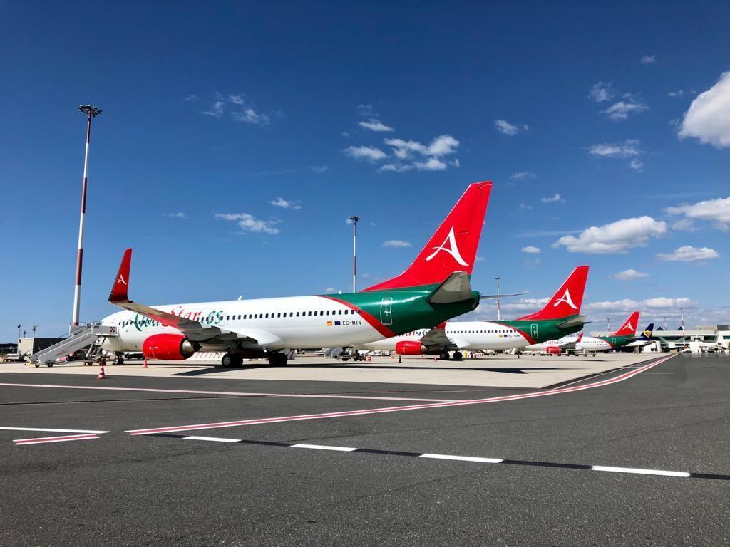 Aviones de la aerolínea Albastar.
