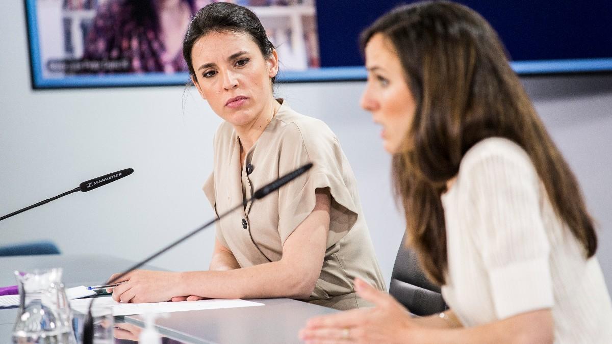 Las ministras Irene Montero e Ione Belarra en Moncloa. (Foto: EP)