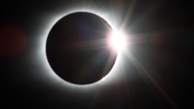 Guía completa sobre el eclipse solar de junio: ¿cuándo y cómo verlo?