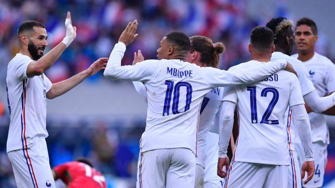 Francia resuelve fácil ante Bulgaria pese a las molestias de Benzema (3-0)