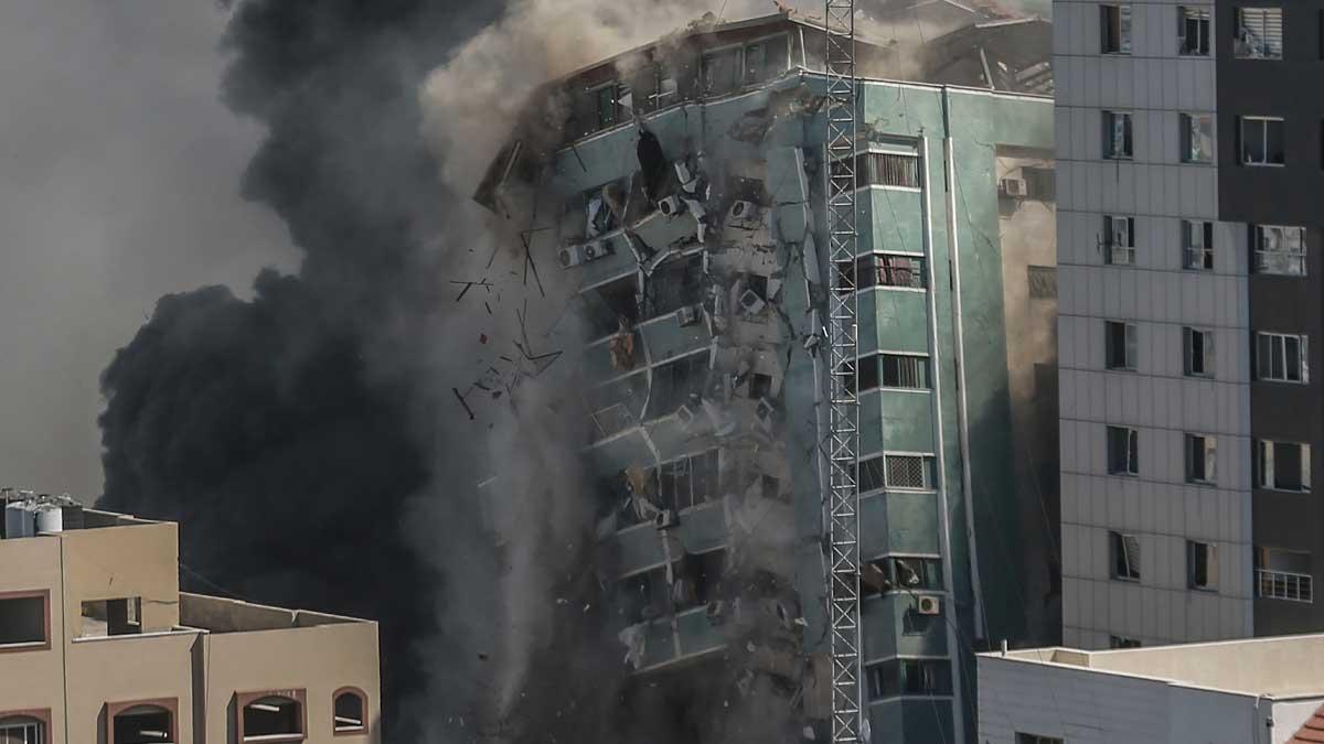 Destrucción de la torre de medios de Hamás en la Franja de Gaza por parte de Israel. Foto: EP