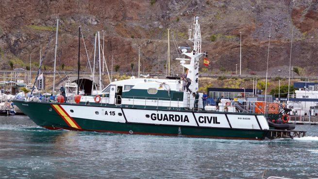El barco encargado de la búsqueda de las pequeñas Olivia y Anna en Tenerife (Foto: EP).