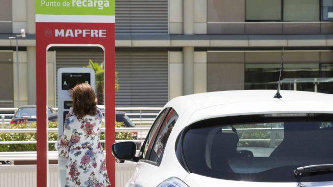 MAPFRE con la movilidad sostenible: lanza 'GAMA CAMBIO', una póliza exclusiva para coches eléctricos