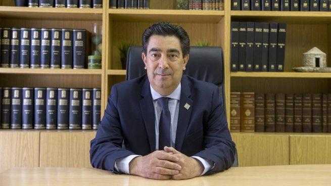 Un miembro de la directiva de la patronal amadrinada por Begoña Gómez, Conpymes, cesado de su propia empresa.