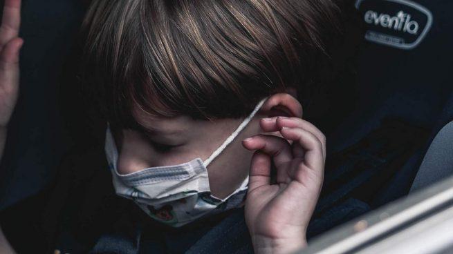 La OCU no recomienda utilizar alzadores para niños en el coche: «Son peligrosos»