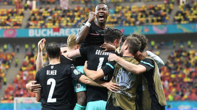 Alaba lidera a Austria en su primera victoria en una Eurocopa (3-1)