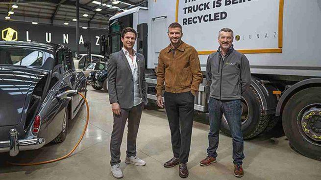 David Lorenz, David Beckham y John Hilton