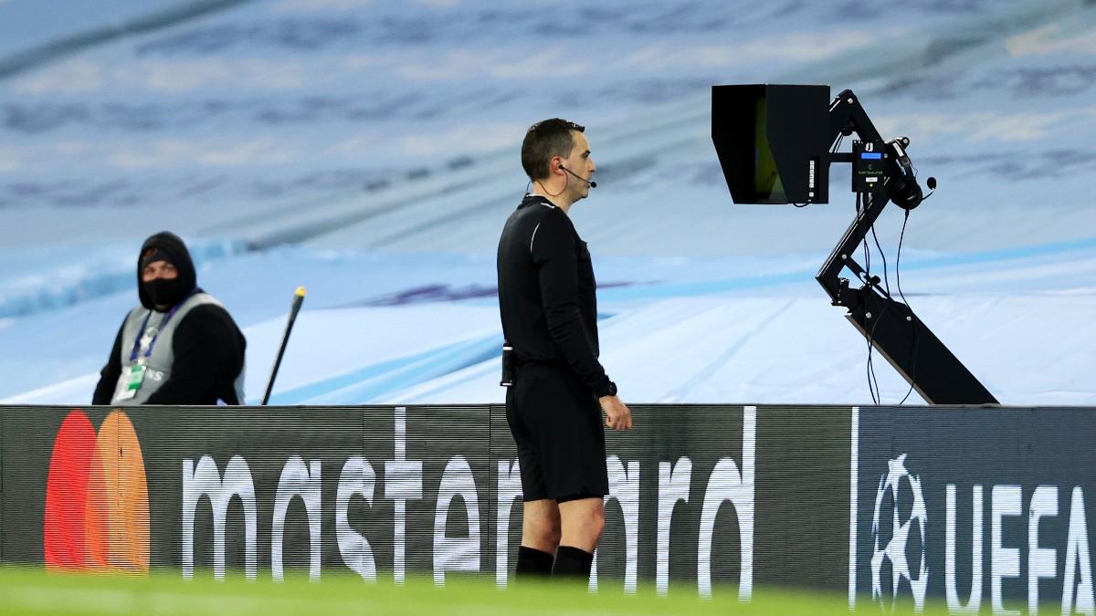 El VAR estará presente en la Eurocopa.