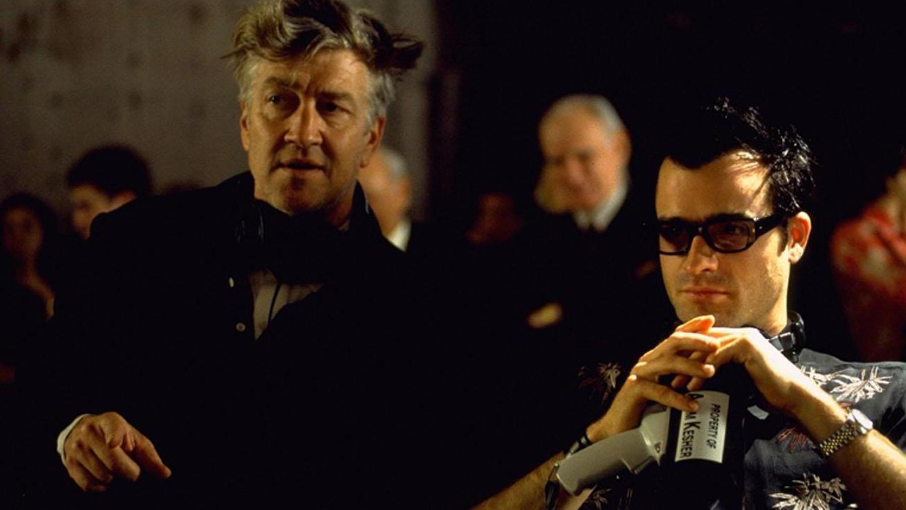 David Lynch y Justin Theroux en el set de «Mulholand drive» (Universal Pictures)