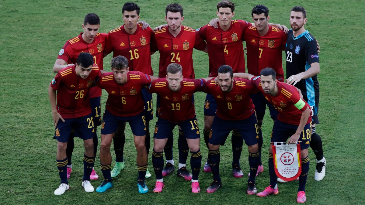 Once titular de España contra Suecia. (AFP)