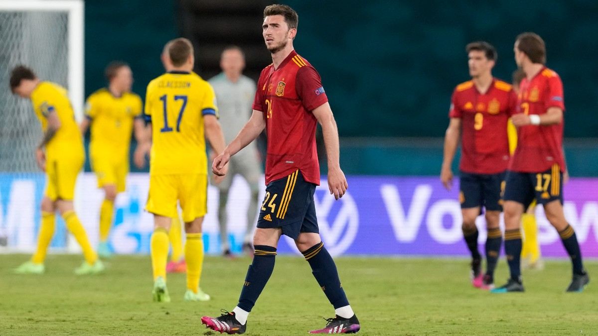 Laporte, en el partido contra Suecia. (AFP)
