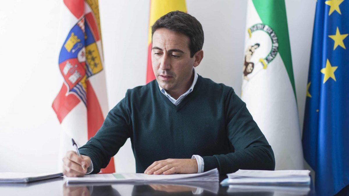El diputado provincial de Fomento de la Diputación de Almería, Óscar Liria.
