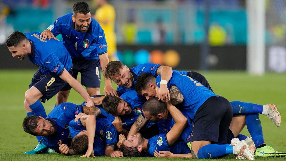 Italia celebra la victoria en su segundo partido en la Eurocopa 2020 (Getty)