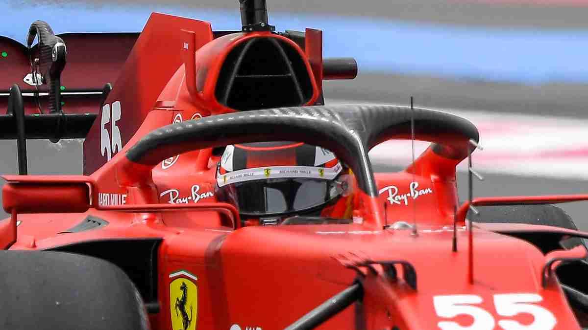 Carlos Sainz con el Ferrari en la sesión de clasificación del Gran Premio de Francia. (AFP)