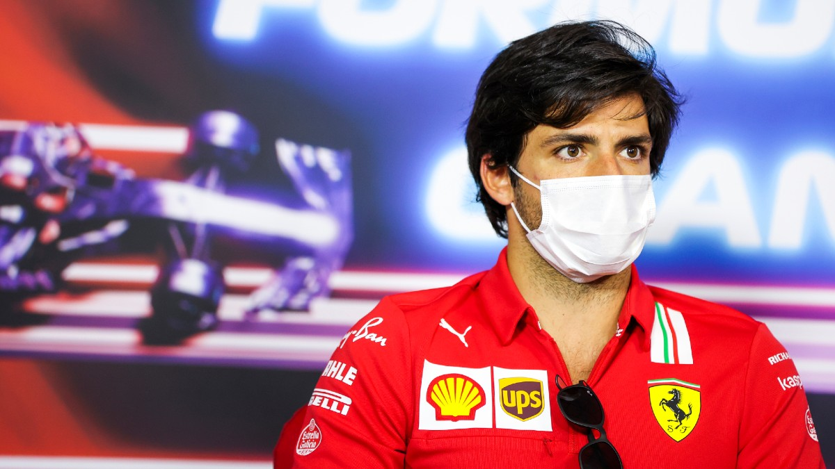 Carlos Sainz, en la rueda de prensa del Gran Premio de Francia. (Getty)