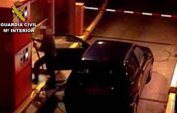 Desactivado un grupo criminal de robo en cabinas de peaje.