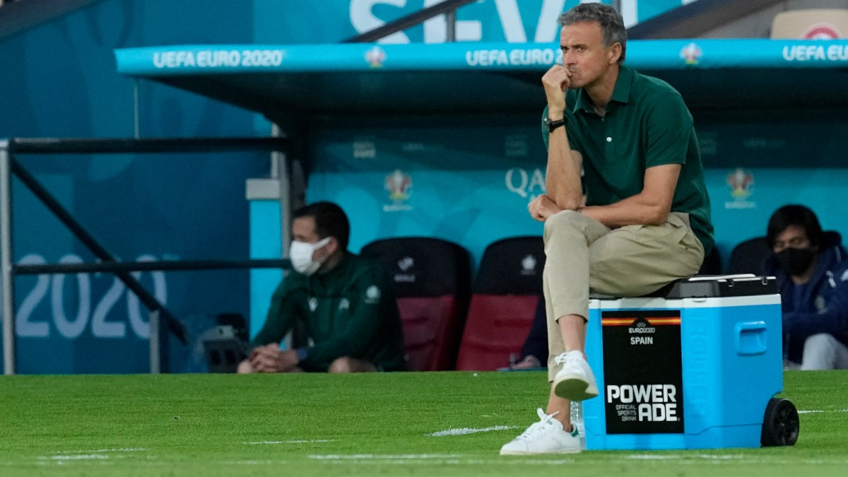 Luis Enrique, durante un partido con España. (AFP)