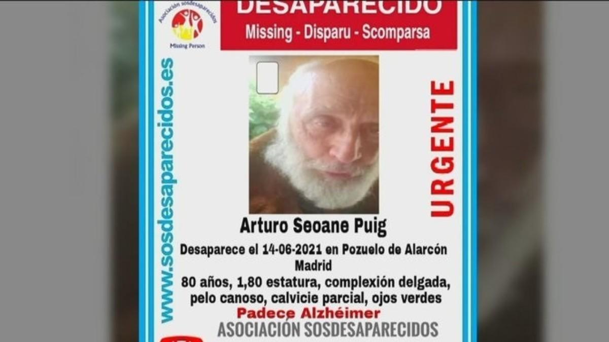 El cartel que anuncia la búsqueda de Arturo Seaone.
