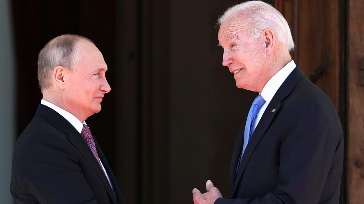 Vladimir Putin y Joe Biden en Ginebra.