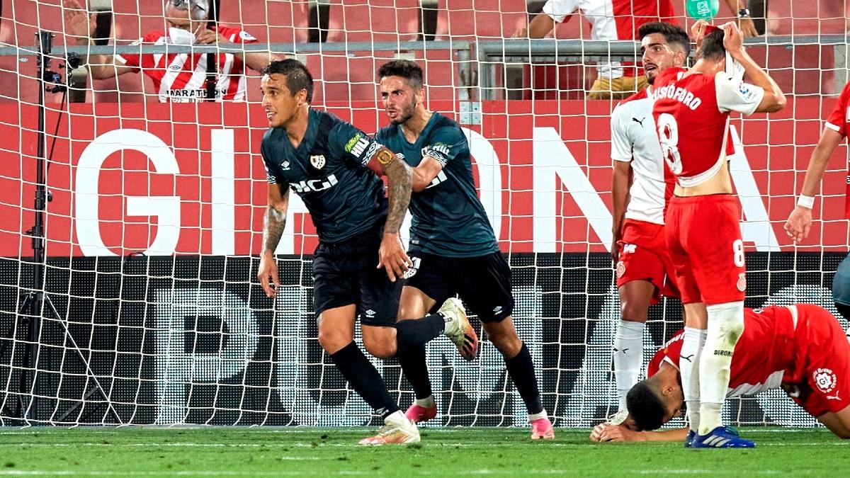 Trejo celebra el gol del ascenso del Rayo Vallecano (EFE).