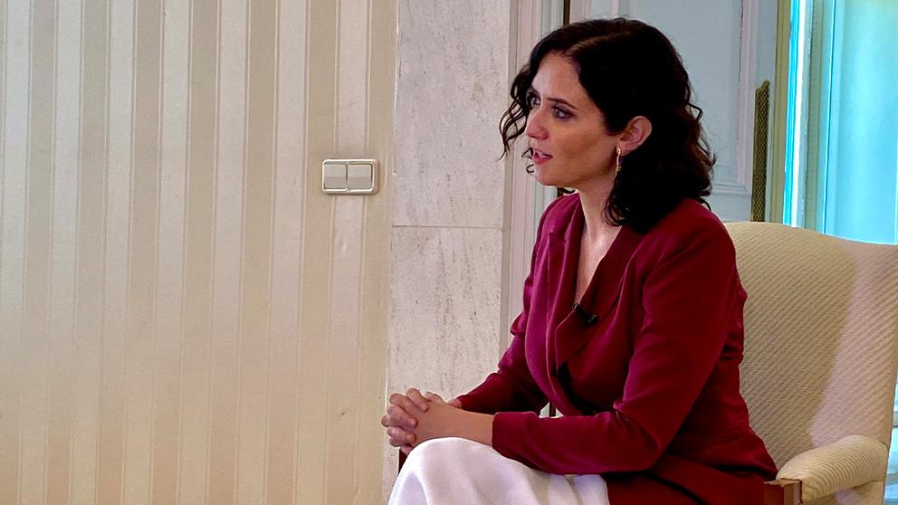 Ayuso, durante la entrevista con Inda.