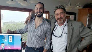 Carles Nader y John McAfee