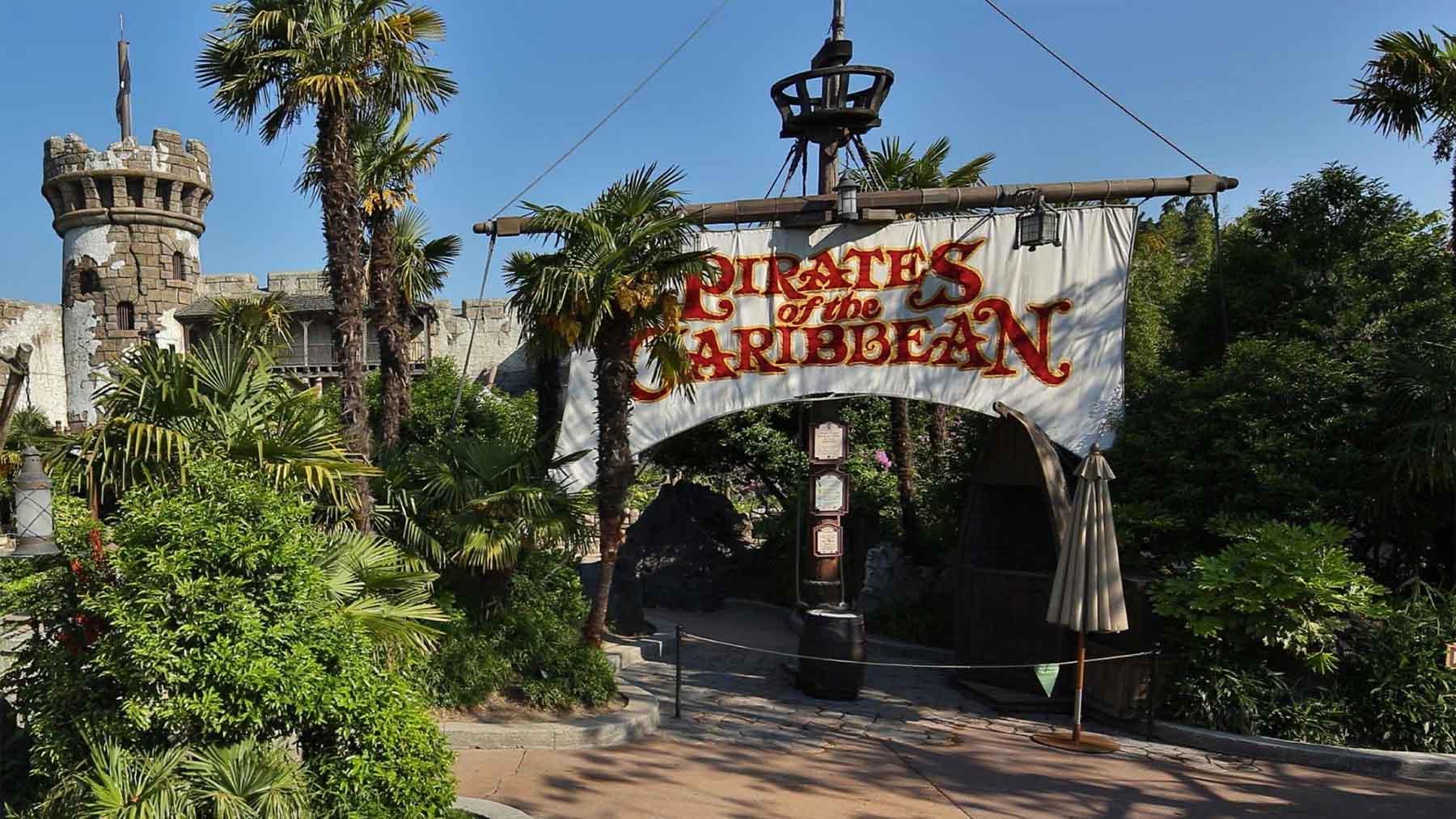 La atracción de «Piratas del Caribe» en el parque temático de Disney