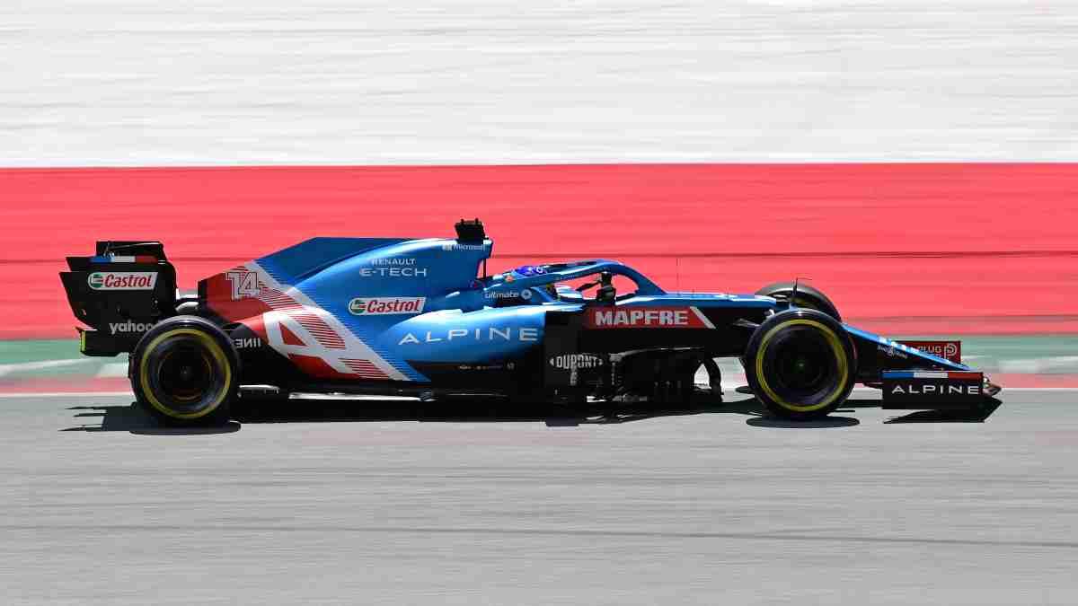 Fernando Alonso durante el Gran Premio de Estiria de Fórmula 1. (AFP)