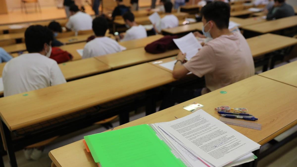 Estudiantes en las pruebas de la EBAU de este 2021.