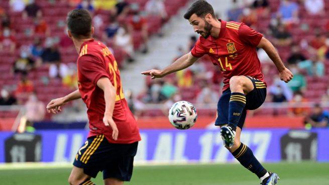 Alineación oficial España