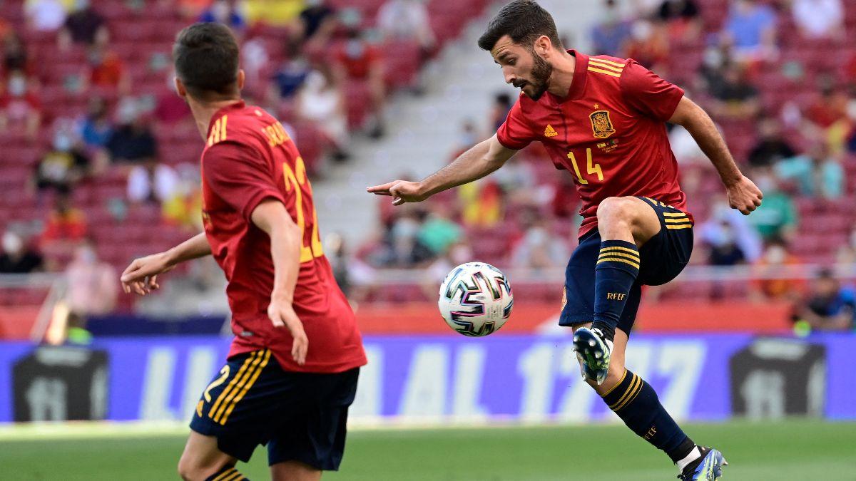 José Luis Gayà durante un partido con la selección española. (AFP)