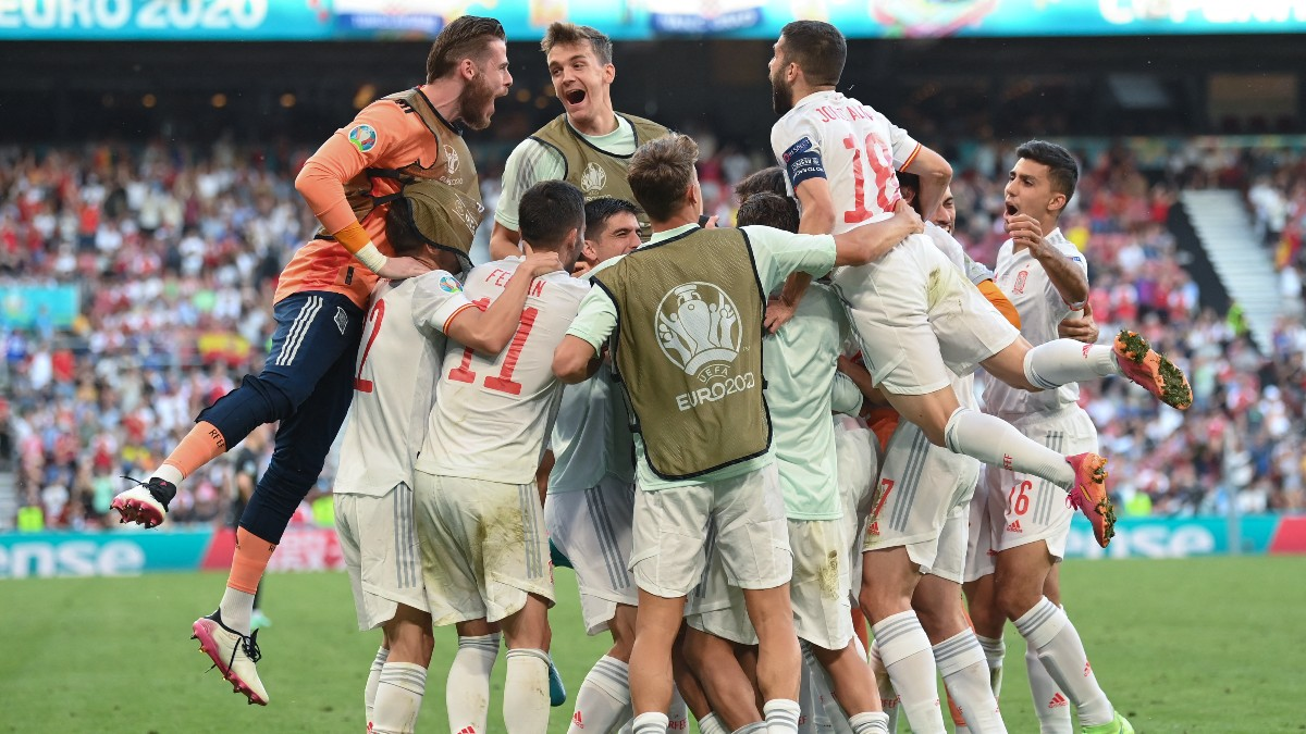 España celebra un gol en la Eurocopa. (AFP)