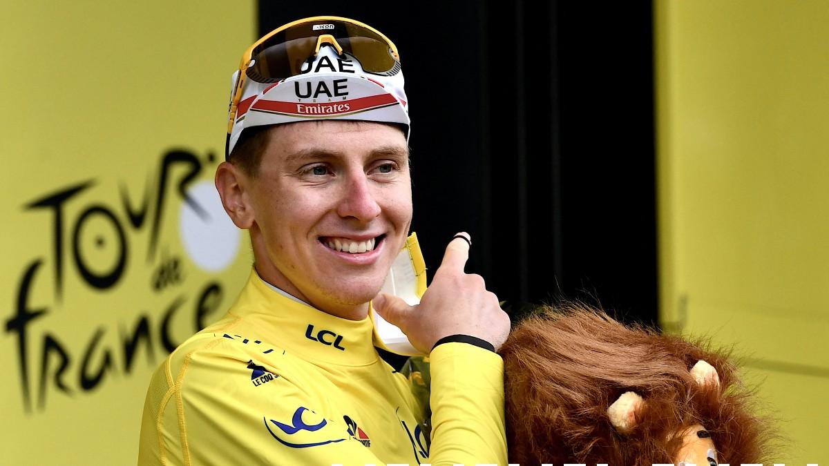 Pogacar, con el maillot amarillo. (AFP)