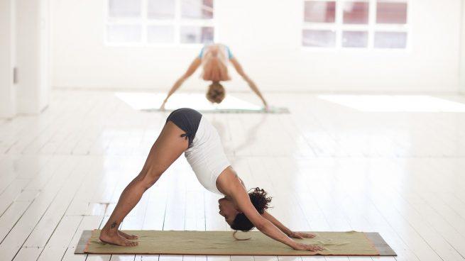 Las mejores maneras de iniciarte en el yoga si no lo tienes claro
